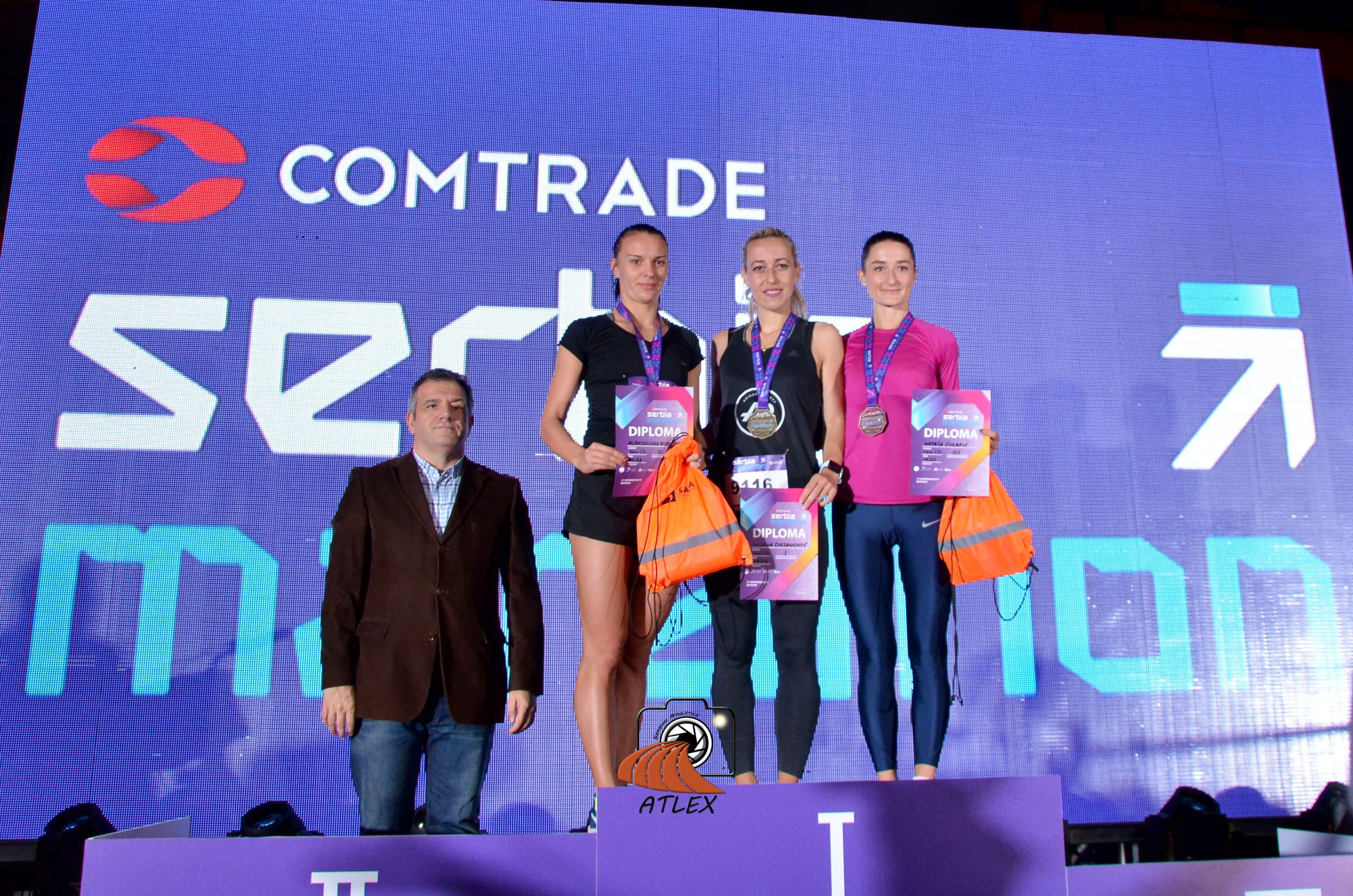 1. Comtrade Serbia Marathon - pobednice trke na 5km -Aleksandra Kostadinović, Biljana Cvjanović, Nataša Ćulafić