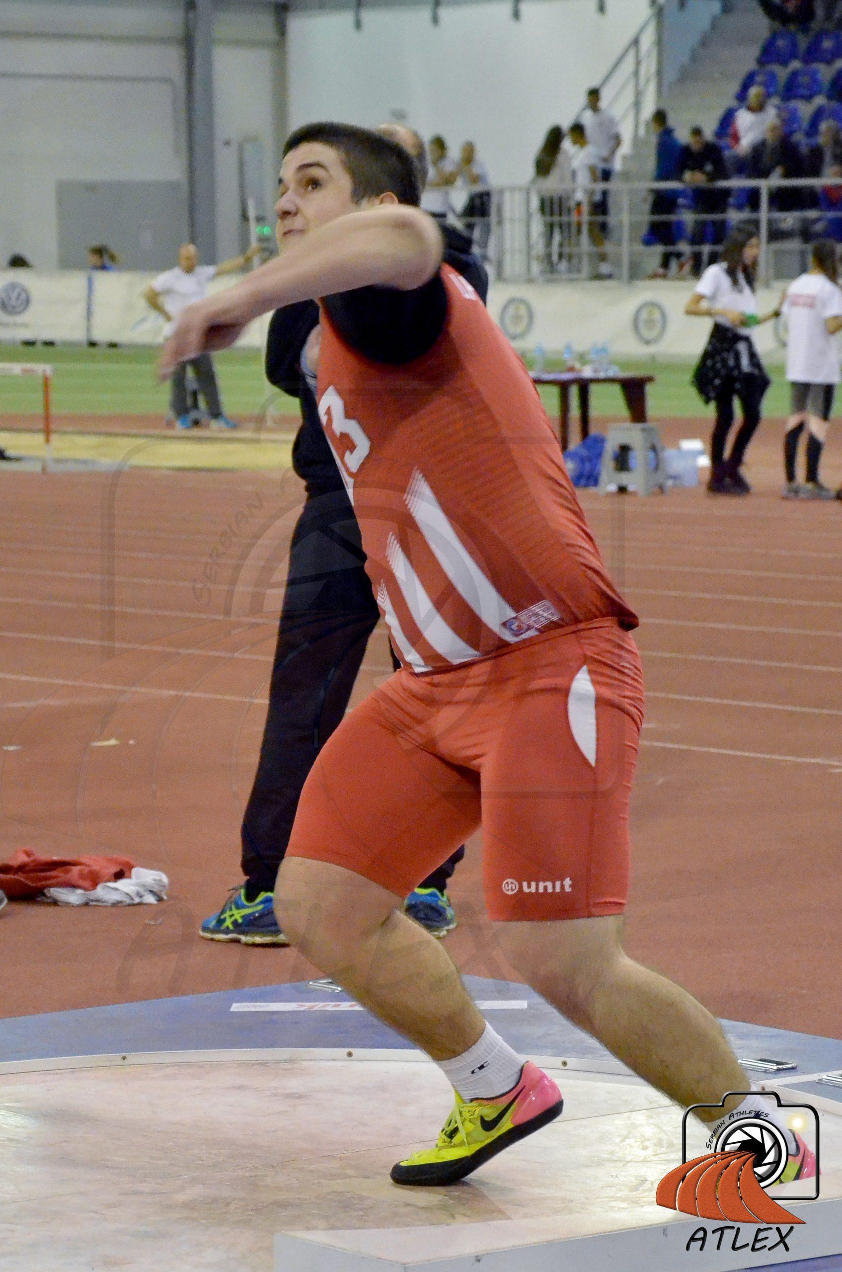 Novogodišnji mitinga AK Crvene zvezde, Veljko Nedeljković
