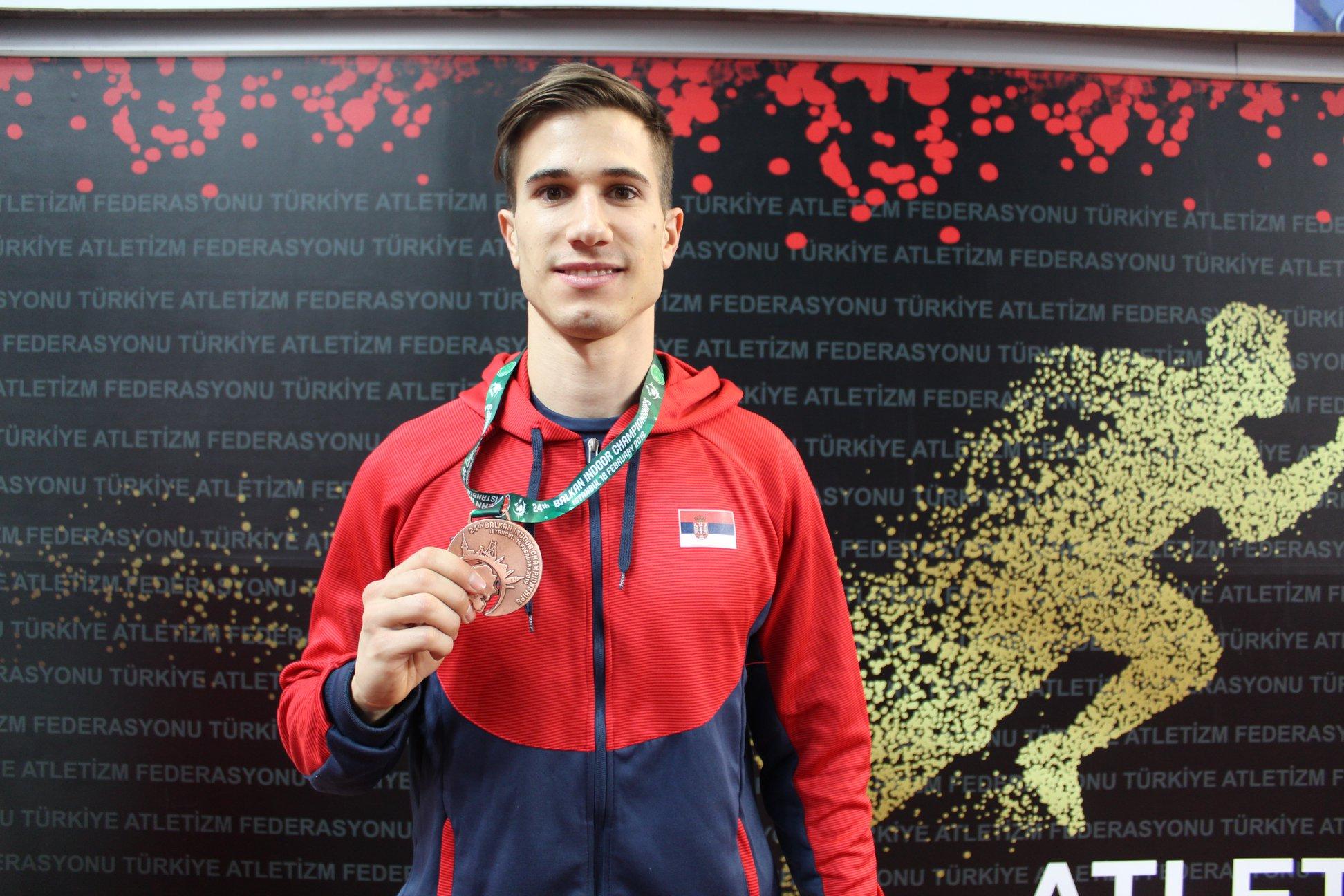 Strahinja Jovančević, srebrna medalja na dvoranskoj balkanijadi 2019