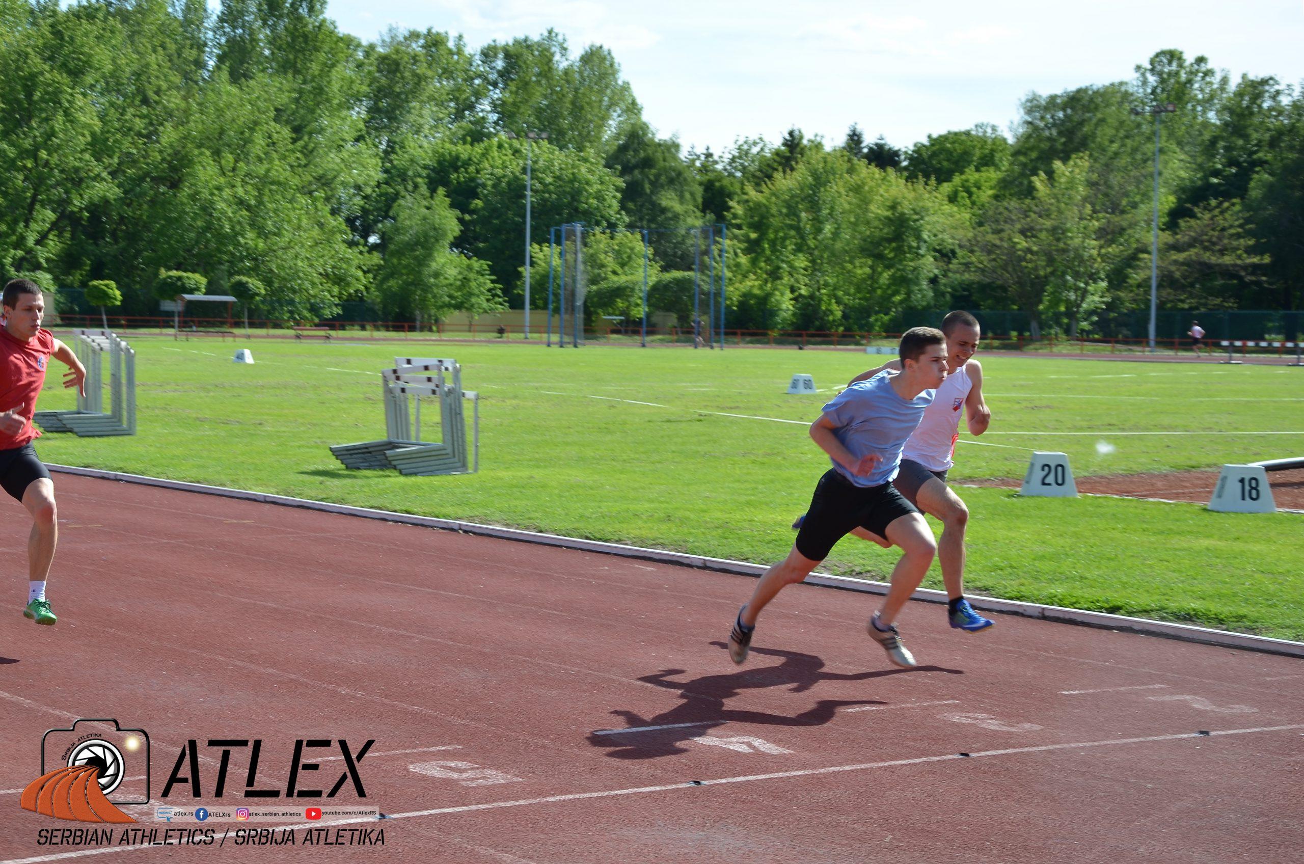Finiš trke na 100 metara