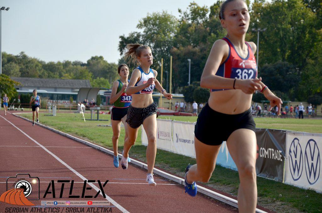 Iva Maletić, Dunja Sikima, Saima Murić, 800m u18 PS 2020