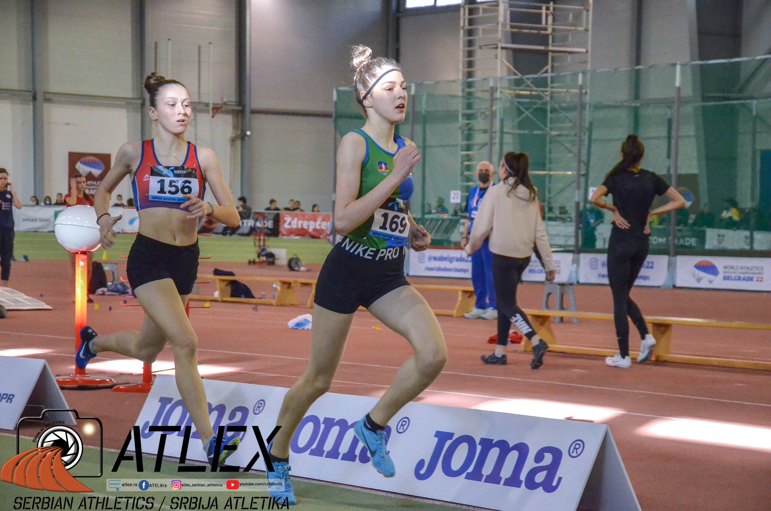 Saima Murić i Iva Maletić, u20 dvoransko prvenstvo Srbije 1500m