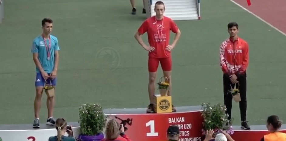 Boško Kijanović prvak Balkana za juniore na 400m i 200m
