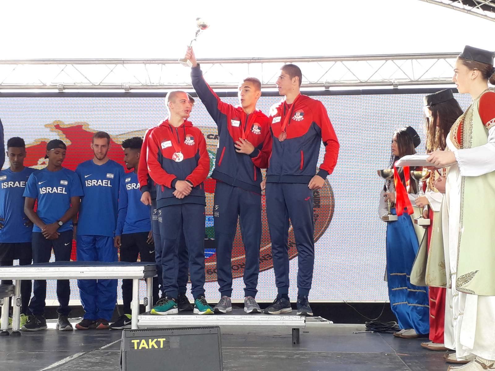 Juniori Srbije treći na prvenstvu Balkana u korsu