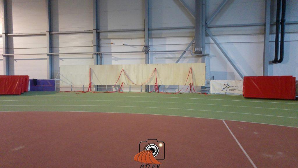 Podizanje sunđera za ustavljanje na 60 metara, Atletska dvorana Beograd
