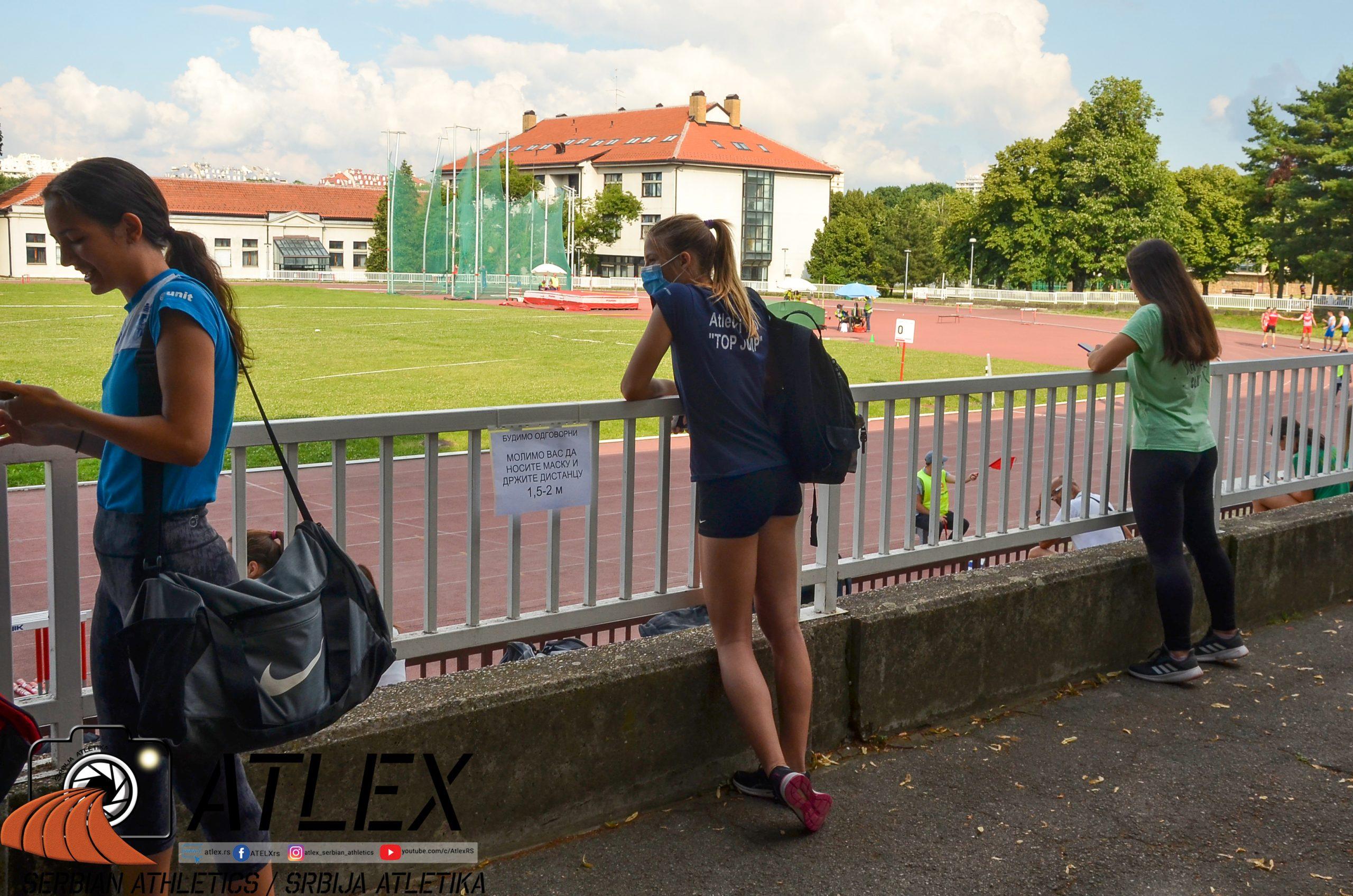 Držanje distance na atletskom takmičenju