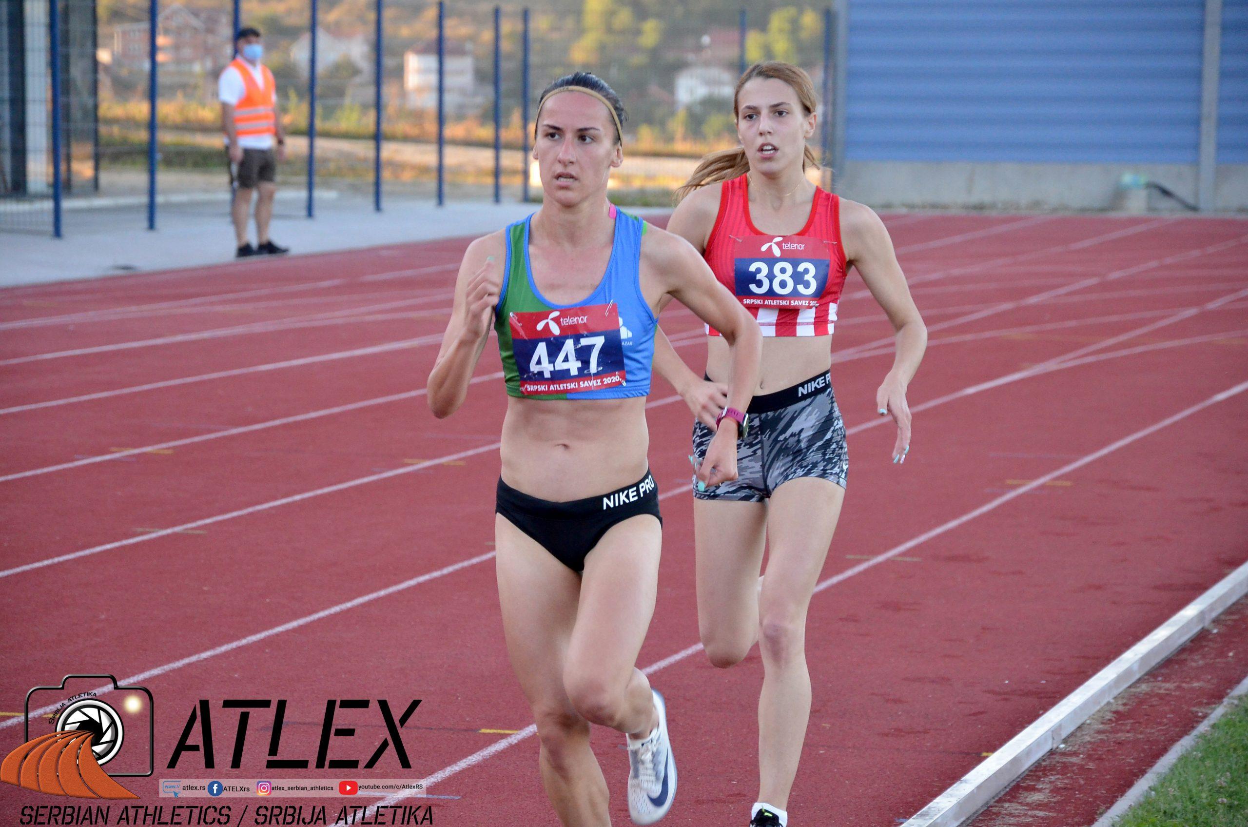 Teodora Simović i Katarina Milosavljević, prvenstvo Srbije 2020, borba na 1500m i 3000m